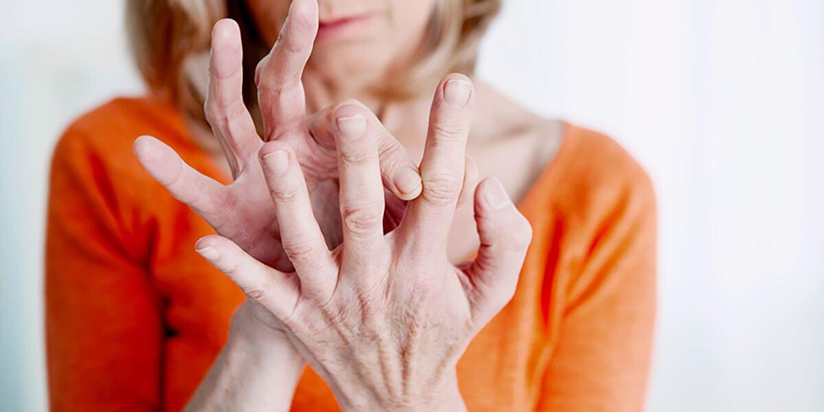 Nhũ hương giúp trong hỗ trợ điều trị viêm khớp dạng thấp